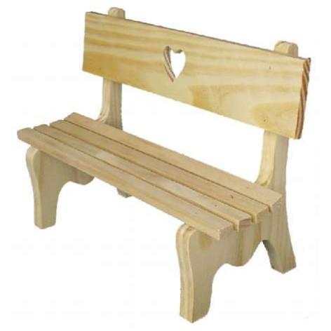 Holzbank mit Herz